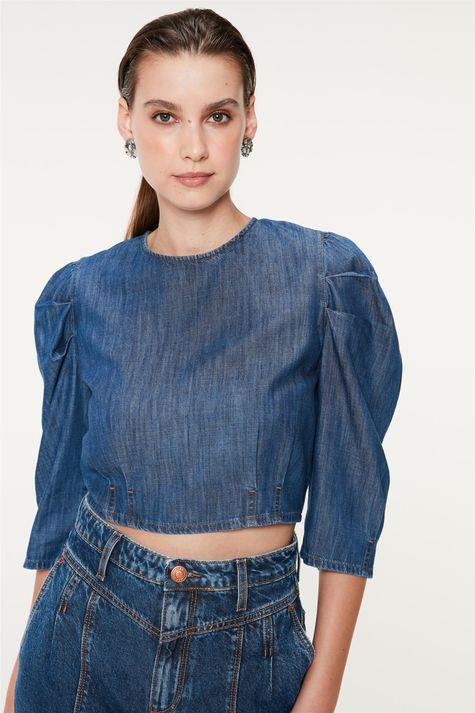 Blusa-Jeans-Cropped-com-Mangas-Bufantes-Detalhe--