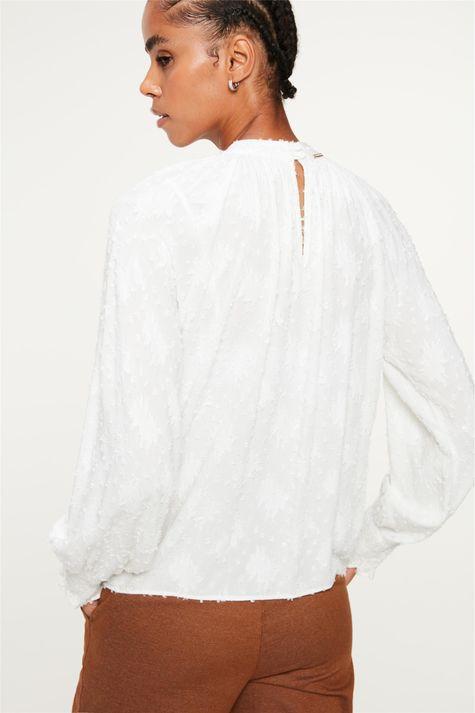 Blusa-Franzida-no-Decote-com-Textura-Costas--