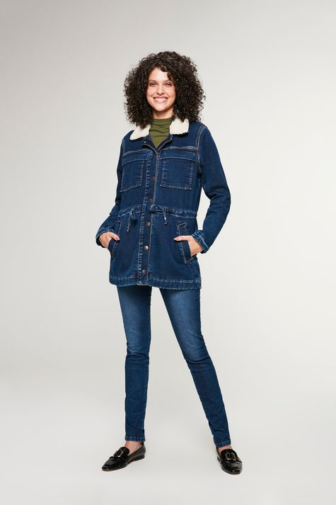 Jaqueta-Jeans-Parka-com-Gola-Peluciada-Detalhe-1--