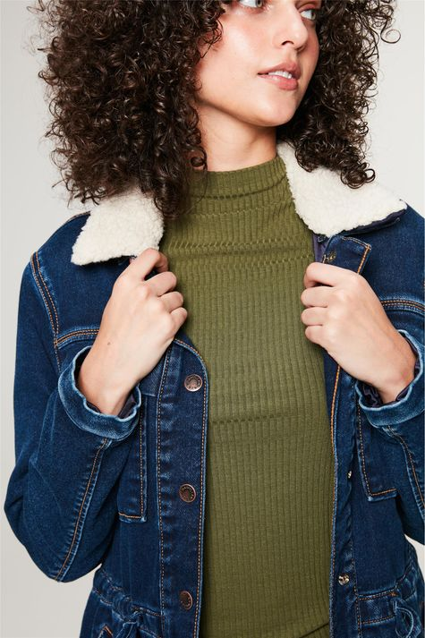 Jaqueta-Jeans-Parka-com-Gola-Peluciada-Detalhe--