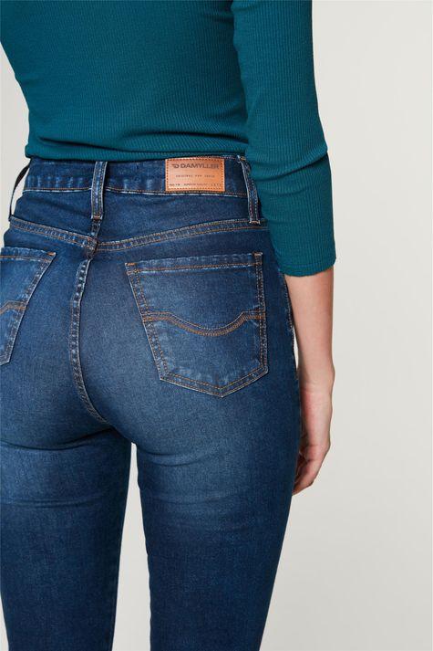 Calca-Jeans-Jegging-com-Cintura-Alta-Detalhe-2--