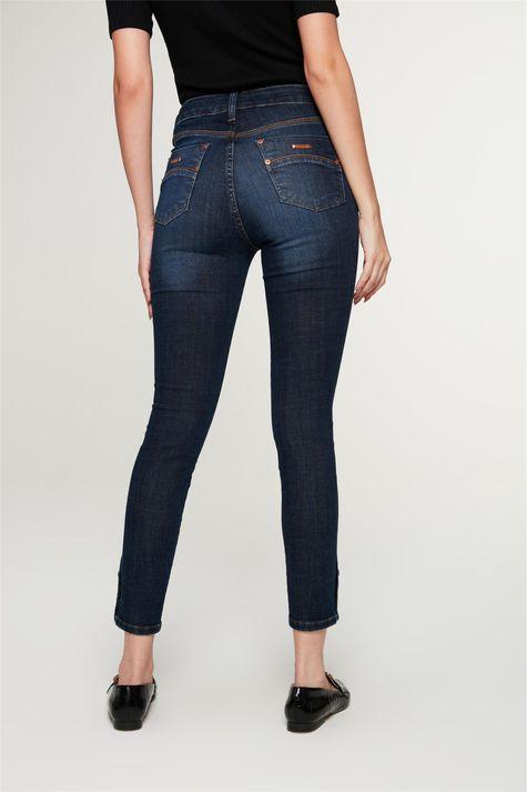 Calca-Jeans-Skinny-com-Botoes-no-Punho-Costas--