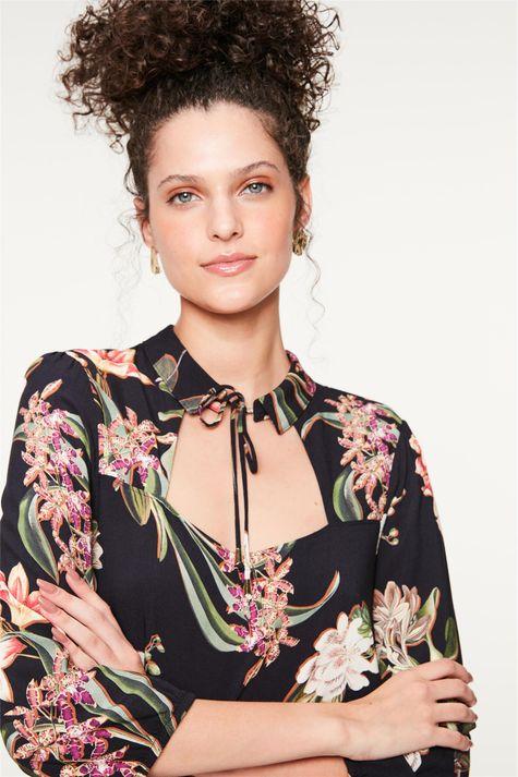 Blusa-com-Decote-Quadrado-Estampa-Floral-Frente--