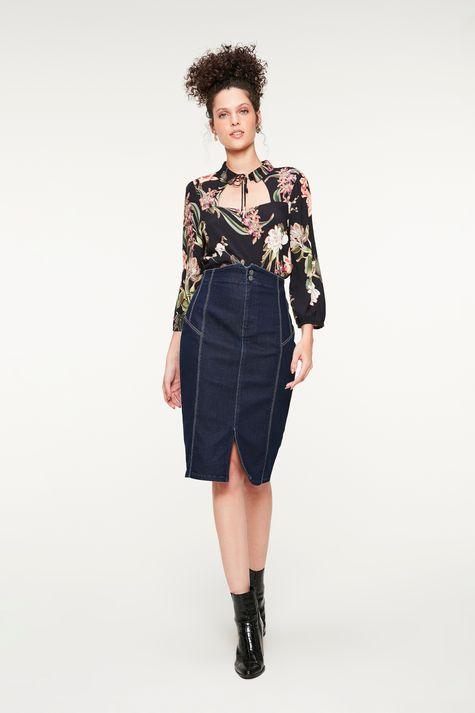 Blusa-com-Decote-Quadrado-Estampa-Floral-Detalhe-1--