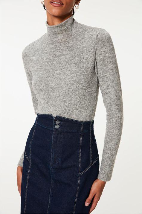 Saia-Jeans-Midi-com-Recortes-e-Fenda-Detalhe--