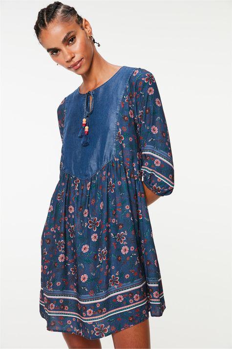 Vestido-Mini-com-Estampa-Floral-Frente--
