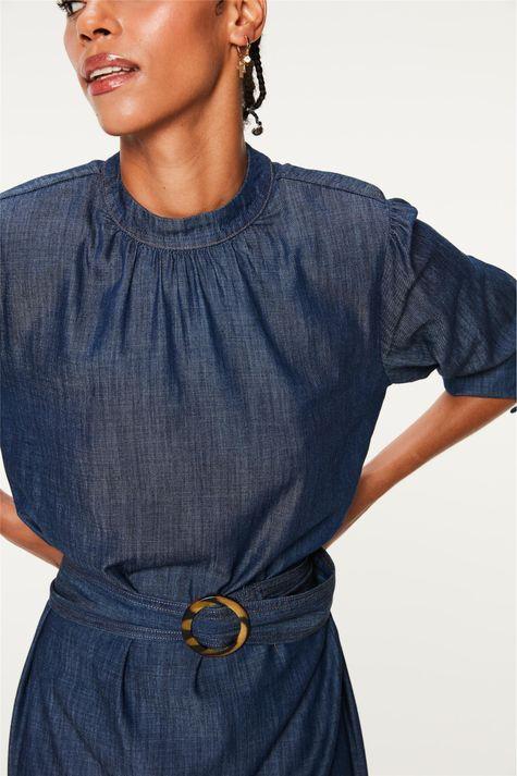 Vestido-Jeans-Medio-com-Ombreiras-Detalhe--