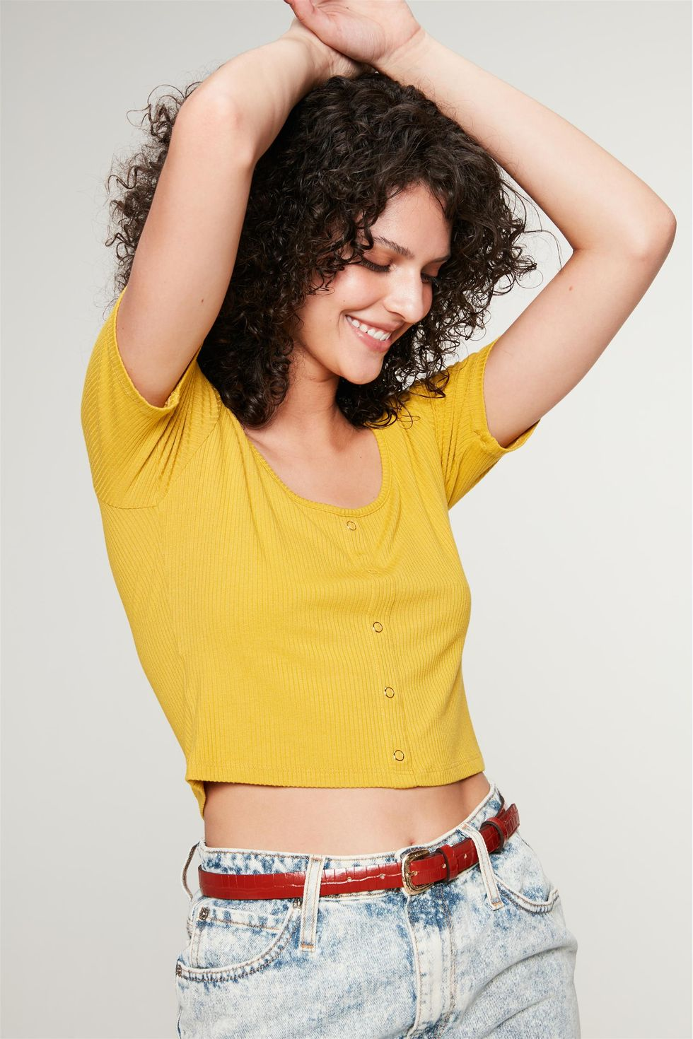 Blusa-Cropped-Canelada-Lisa-Frente--