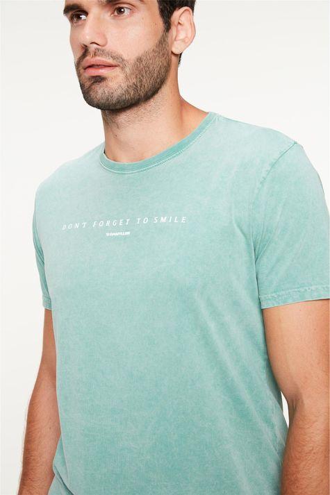 Camiseta-Estampa-Dont-Forget-To-Smile-Detalhe--