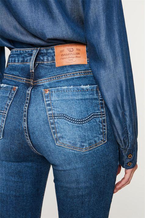 Calca-Jeans-Boot-Cut-com-Puidos-Detalhe-2--