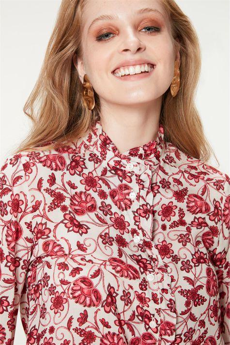 Camisa-Estampa-Floral-e-Gola-de-Babado-Detalhe--
