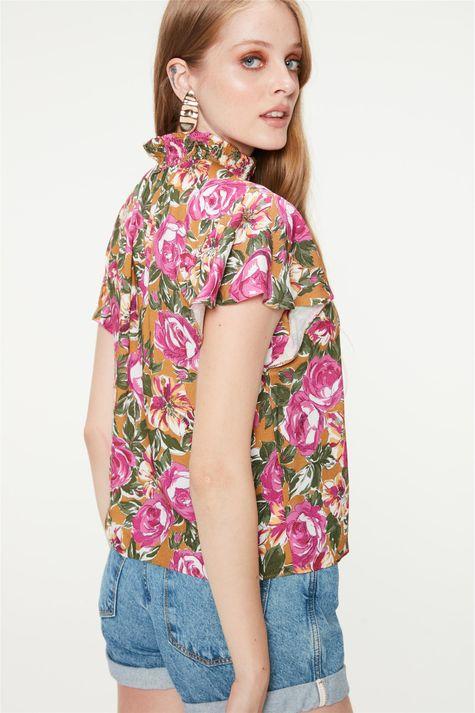 Blusa-Soltinha-com-Estampa-Floral-Rosa-Costas--