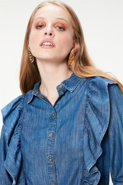 Camisa-Jeans-com-Babados-Feminina-Detalhe--