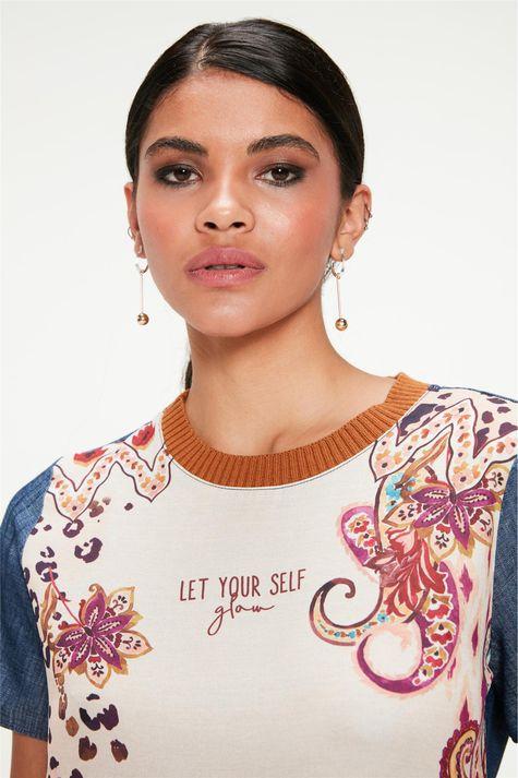 Blusa-Jeans-com-Estampa-Etnica-Feminina-Detalhe--