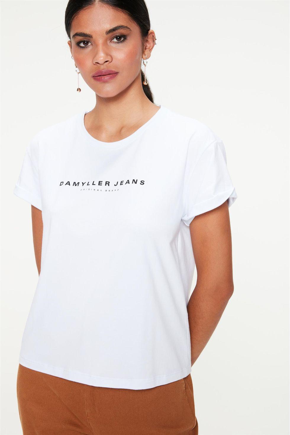 Camiseta-Estampa-de-Lettering-Feminina-Frente--