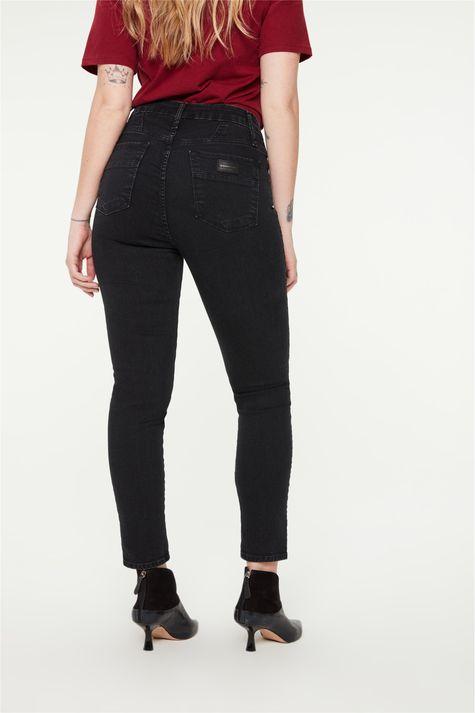 Calca-Jeans-Black-Jegging-Cropped-Detalhe--
