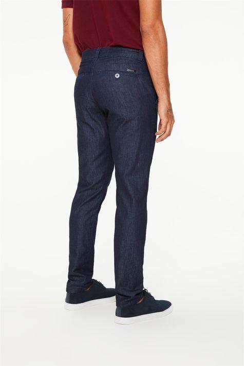 Calca-Jeans-Chino-com-Detalhe-na-Barra-Costas--