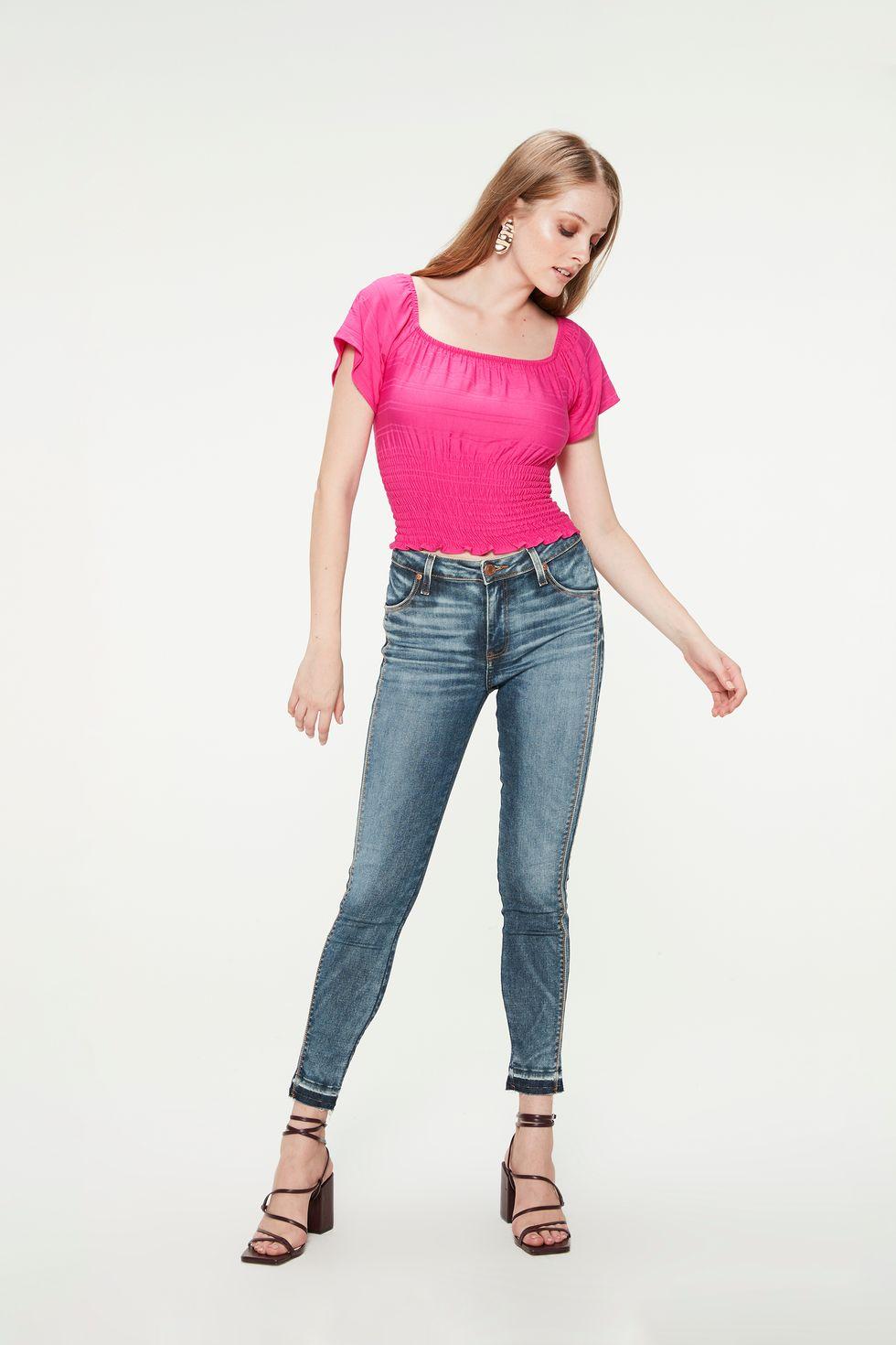 Calca-Jeans-Azul-Medio-Barra-Desfeita-Frente--