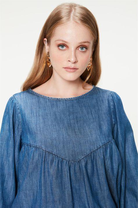Blusa-Jeans-com-Mangas-Bufantes-Detalhe-1--