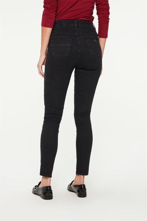 Calca-Jeans-Black-Jegging-Cropped-Detalhe-4--