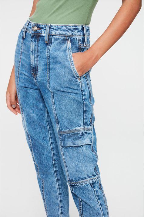Calca-Jeans-Cargo-Cropped-Cintura-Alta-Detalhe-1--