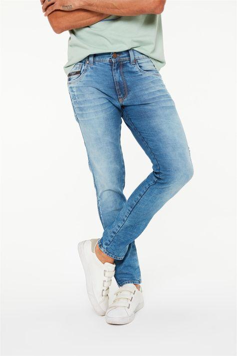 Calca-Jeans-Super-Skinny-com-Puidos-Detalhe--