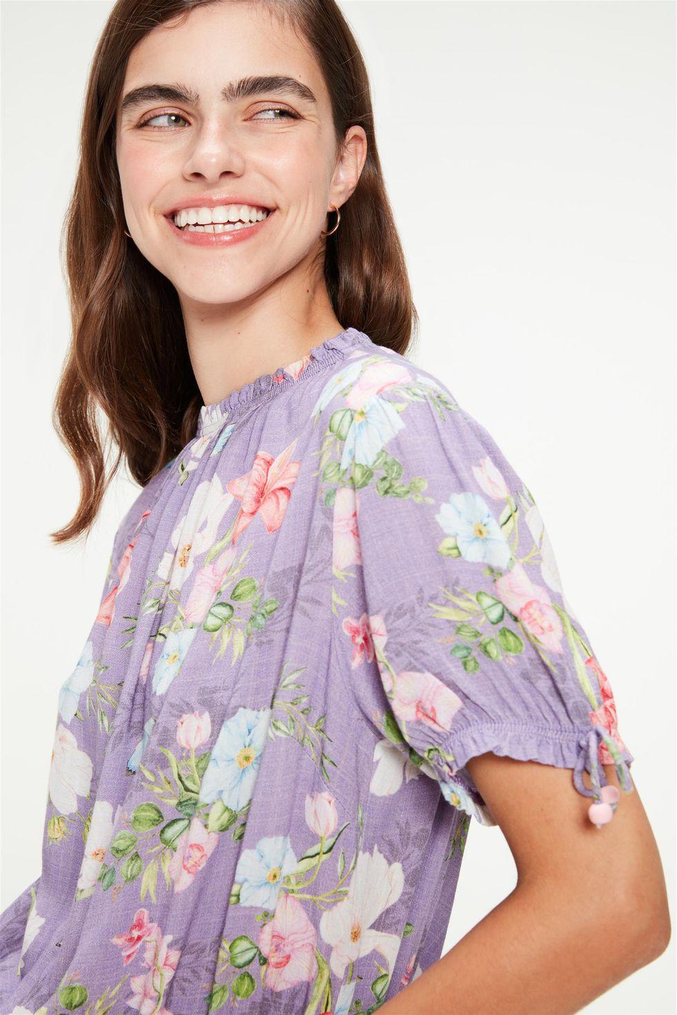 Blusa-Cropped-Franzida-Estampa-Floral-Frente--