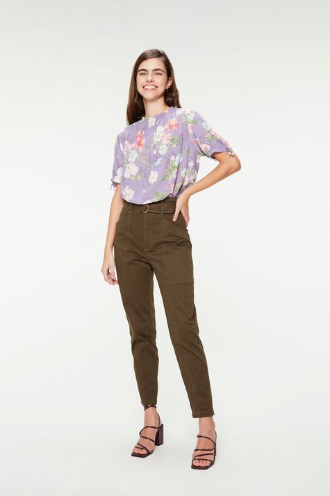 Blusa-Cropped-Franzida-Estampa-Floral-Detalhe-1--