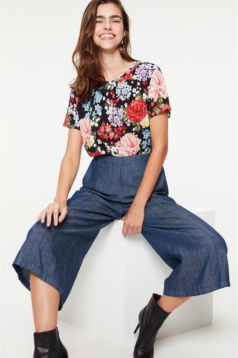 Blusa-Soltinha-com-Estampa-de-Flores-Frente--