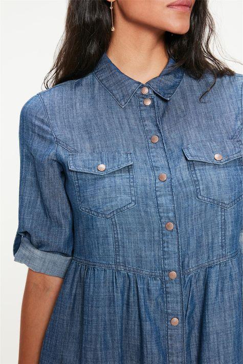Vestido-Jeans-Medio-com-Abotoamento-Detalhe--