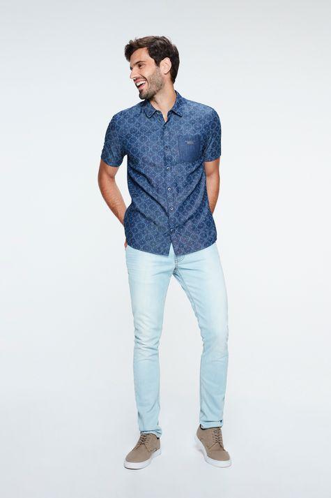 Camisa-Jeans-de-Manga-Curta-Estampada-Detalhe-2--