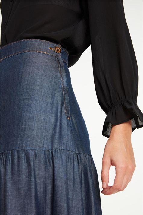 Saia-Jeans-Longa-com-Recortes-e-Fenda-Detalhe-2--