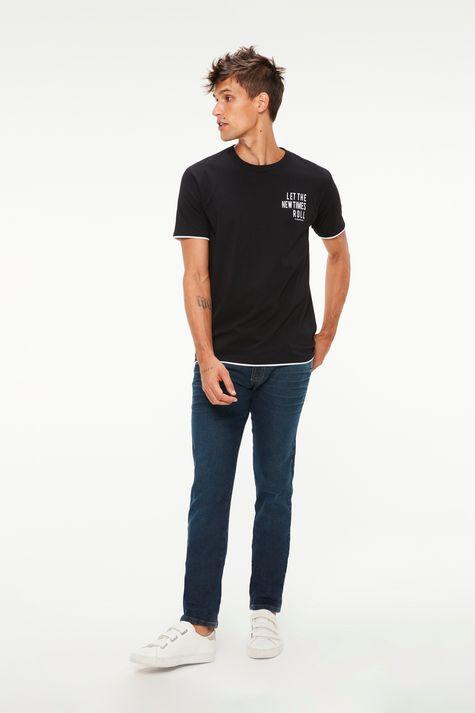 Camiseta-Estampa-Let-The-New-Times-Roll-Detalhe-2--