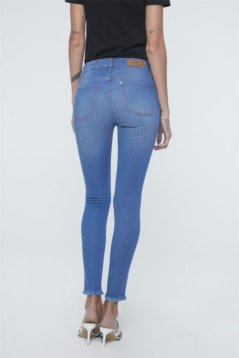Calca-Jeans-Azul-Royal-Jegging-Cropped-Detalhe--