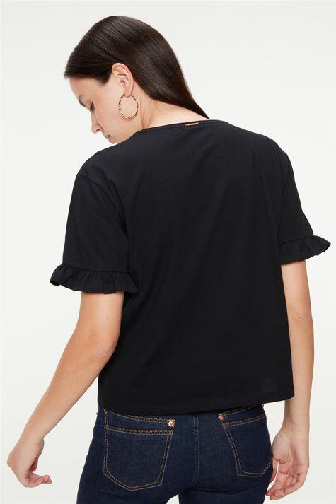 Camiseta-com-Estampa-de-Gatinha-Feminina-Costas--