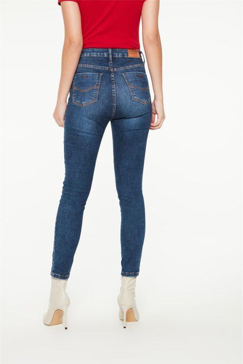 Calca-Jeans-Jegging-Detalhe-na-Barra-Costas--