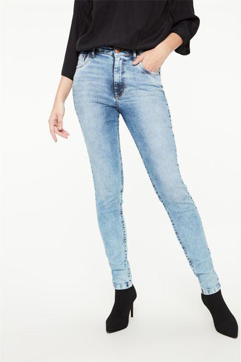 Calca-Jeans-Azul-Claro-Skinny-Feminina-Detalhe--