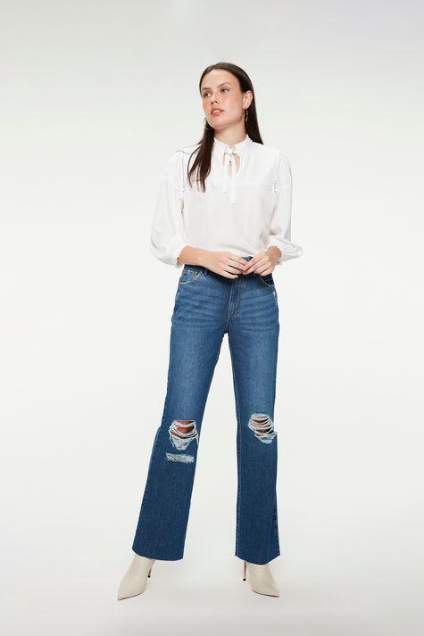 Calca-Jeans-Reta-com-Rasgos-Cintura-Alta-Frente--