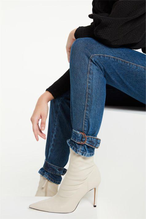 Calca-Jeans-Slim-com-Detalhe-no-Punho-Detalhe-2--