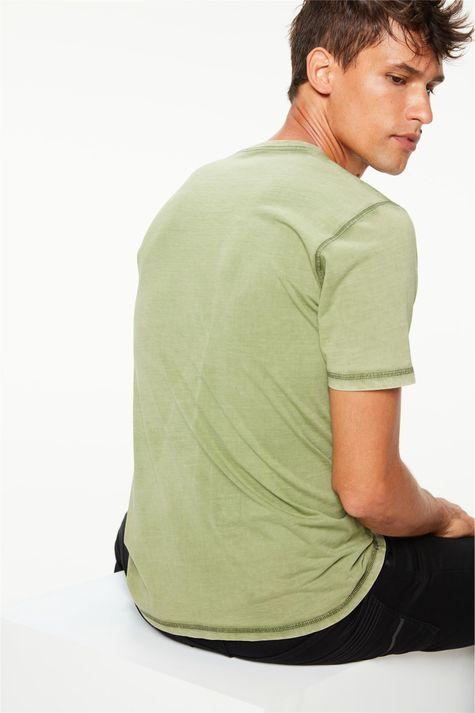 Camiseta-Tingida-Estampa-Never-Look-Back-Costas--