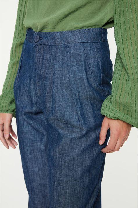 Calca-Jeans-Carrot-Cintura-Alta-Cropped-Detalhe-2--
