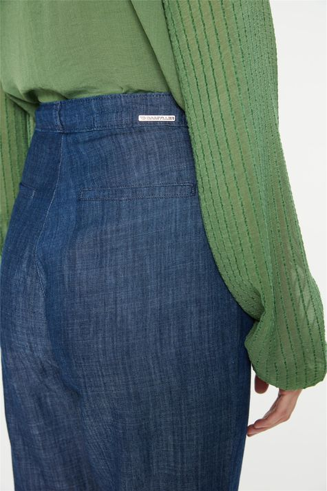 Calca-Jeans-Carrot-Cintura-Alta-Cropped-Detalhe-3--
