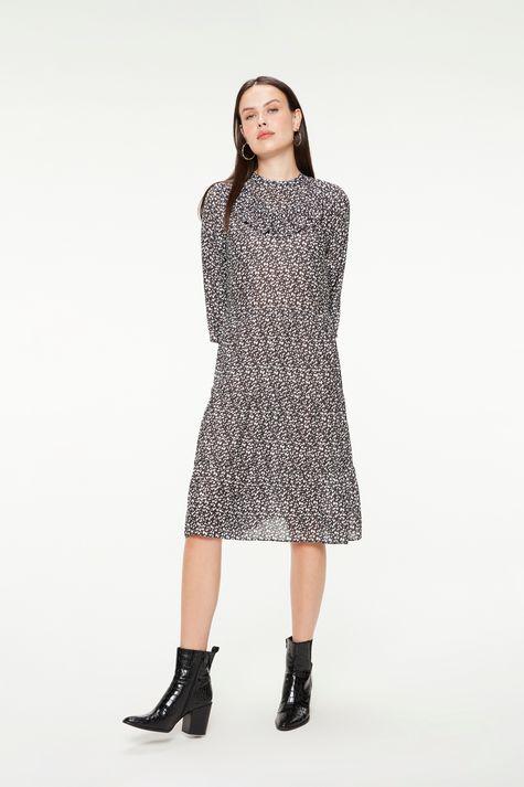 Vestido-Midi-de-Camadas-com-Estampa-Poa-Detalhe-1--