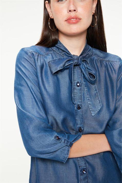 Camisa-Jeans-com-Mangas-7-8-e-Gola-Laco-Detalhe--