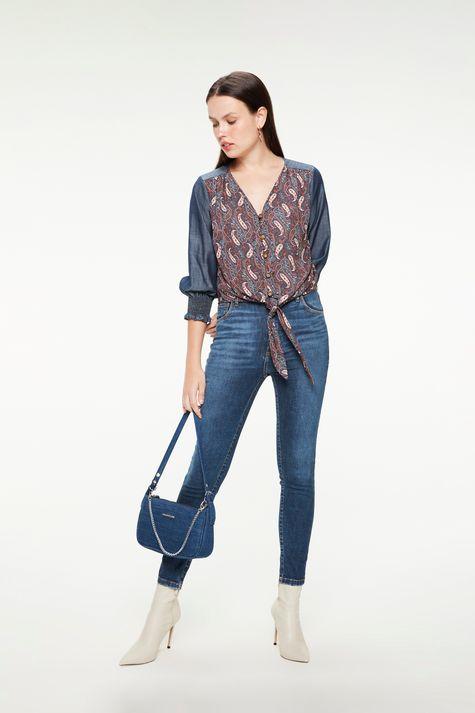 Blusa-Jeans-Mangas-3-4-Estampa-Paisley-Detalhe-1--