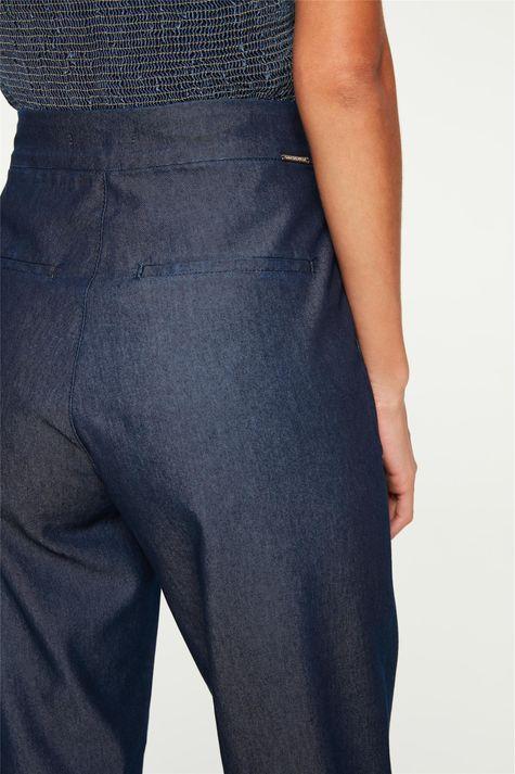 Calça-Jeans-Leve-Chino-Cropped-Detalhe-2--