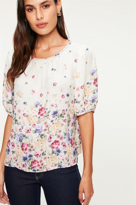 Blusa-com-Franzido-e-Estampa-Floral-Mini-Detalhe--