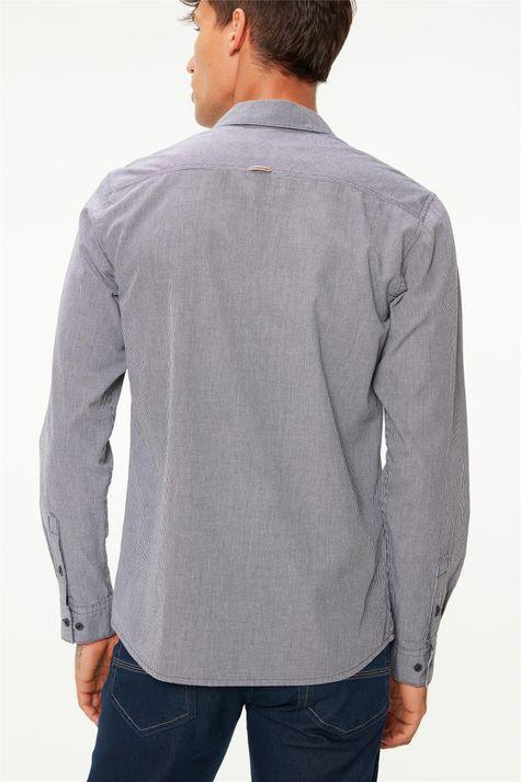 Camisa-Manga-Longa-com-Estampa-Xadrez-Costas--