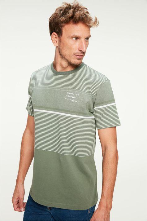 Camiseta-Listrada-com-Estampa-Masculina-Frente--