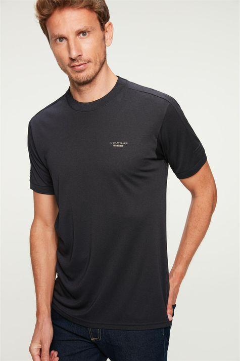 Camiseta-Lisa-College-Basica-Masculina-Detalhe--